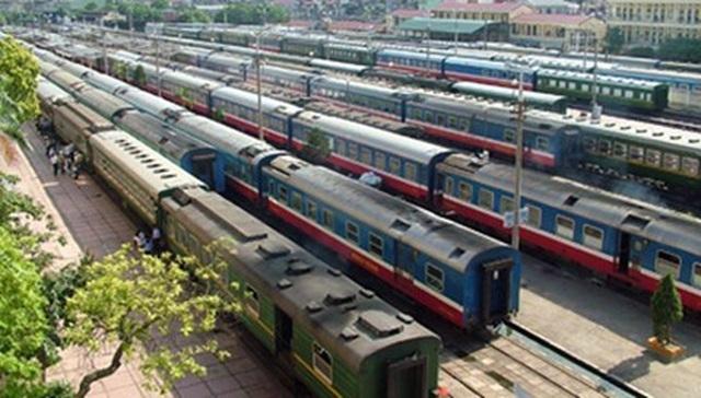 Khách ồ ạt trả vé vì sợ Covid-19, đường sắt bãi bỏ hàng loạt đoàn tàu Tết - 1
