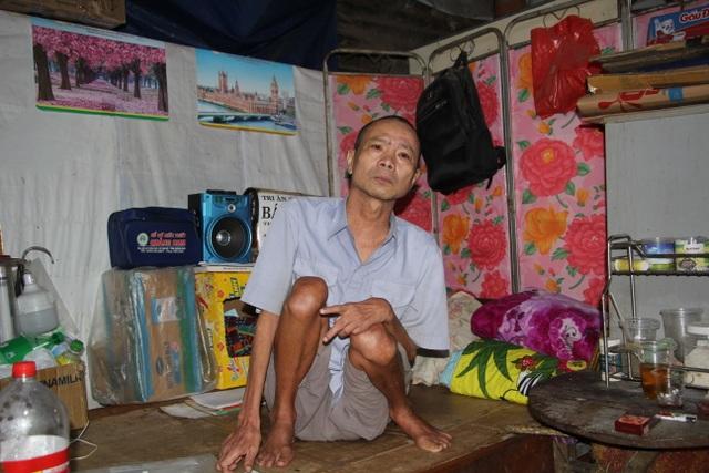 Người đàn ông tật nguyền trong căn nhà chờ sập mơ chiếc xe lăn điện - 3