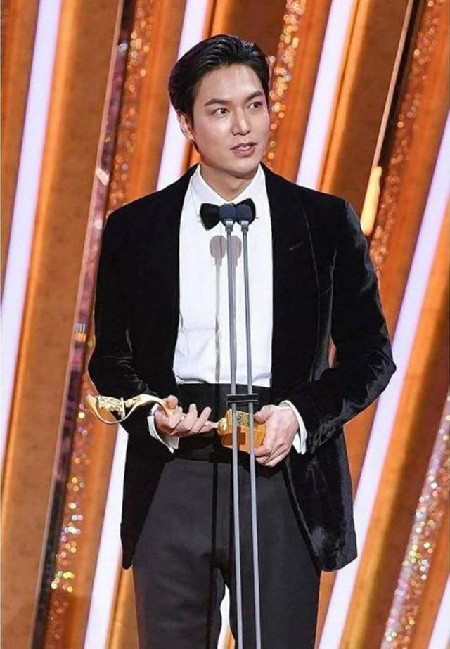 Mỹ nam xứ Hàn Lee Min Ho lại tăng cân - 5