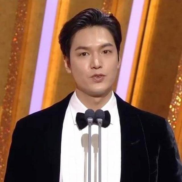 Mỹ nam xứ Hàn Lee Min Ho lại tăng cân - 4