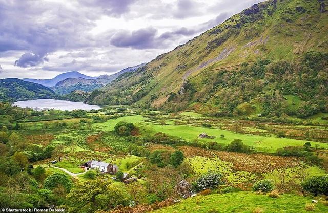 Mê mẩn vẻ đẹp hoang dã và lãng mạn của vương quốc Anh - 7
