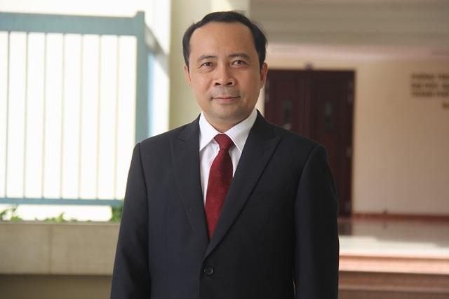 Đại học Quốc gia TP.HCM có tân giám đốc 47 tuổi - 1
