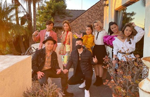 Phạm Khánh Hưng đón Tết sớm tại Mỹ cùng nhóm LL - 1