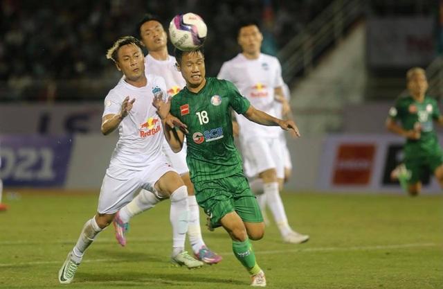 HA Gia Lai thua Sài Gòn FC trong ngày HLV Kiatisuk ra mắt - 2