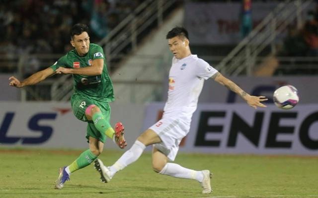 HA Gia Lai thua Sài Gòn FC trong ngày HLV Kiatisuk ra mắt - 5