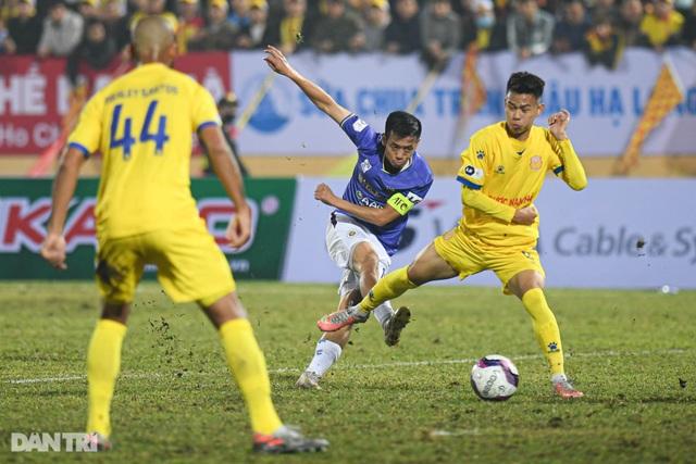 Ngày khai màn thất vọng của các ứng cử viên vô địch V-League - 1