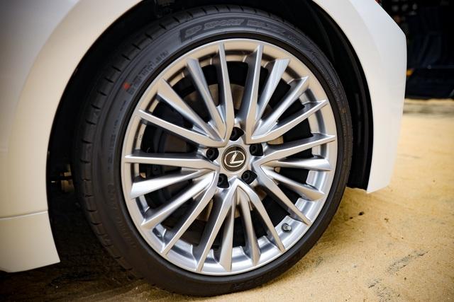 Soi chi tiết mẫu xe IS 300 2021 giá từ 2,13 tỉ đồng vừa được Lexus ra mắt - 4
