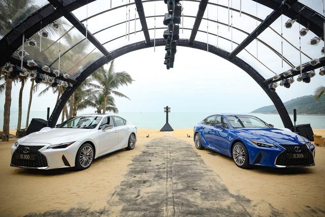 Soi chi tiết mẫu xe IS 300 2021 giá từ 2,13 tỉ đồng vừa được Lexus ra mắt - 7