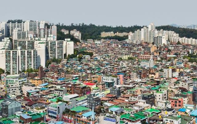 Người Hàn Quốc phải tiết kiệm hàng chục năm nếu muốn mua nhà - 1