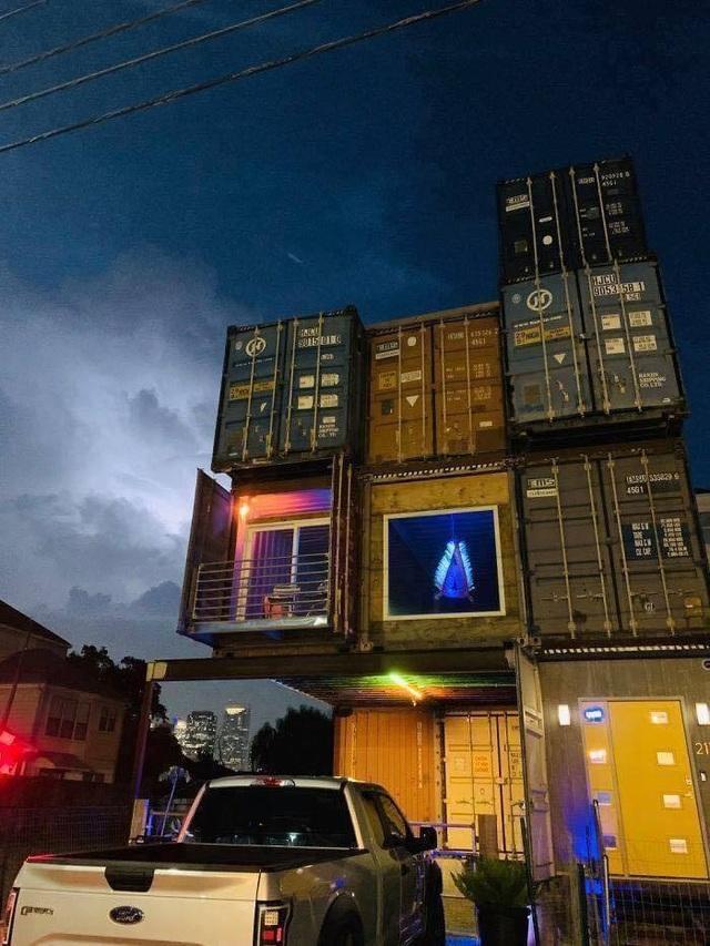 Nhà 3 tầng làm từ 11 container, bất ngờ nhất là nội thất hiện đại bên trong - 8