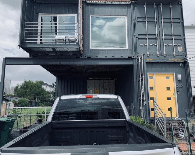 Nhà 3 tầng làm từ 11 container, bất ngờ nhất là nội thất hiện đại bên trong - 9