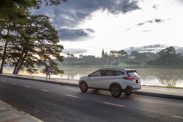 Toyota Rush bứt phá doanh số tháng cuối năm 2020 - 3