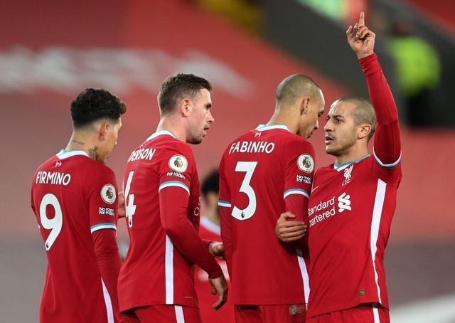 Fernandes phung phí cơ hội vàng, Man Utd chia điểm trên sân Liverpool - 11