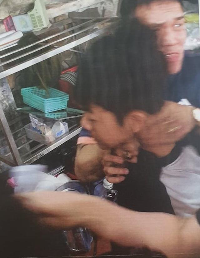 Khởi tố vụ côn đồ đập phá, đánh dân dã man giữa ban ngày tại quận Ba Đình