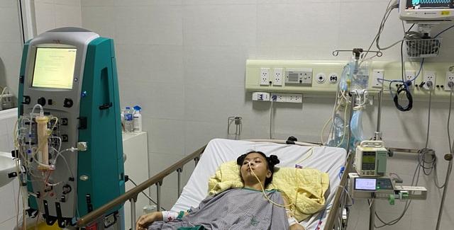 Xót xa cảnh người cha nghèo đi hỏi chỗ bán thận, bán máu để cứu con gái - 5