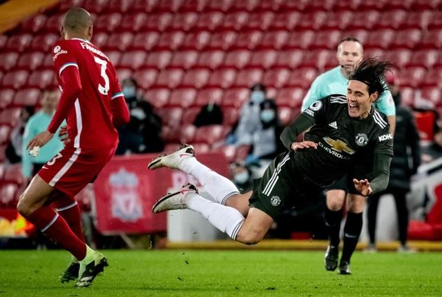 Fernandes phung phí cơ hội vàng, Man Utd chia điểm trên sân Liverpool - 12