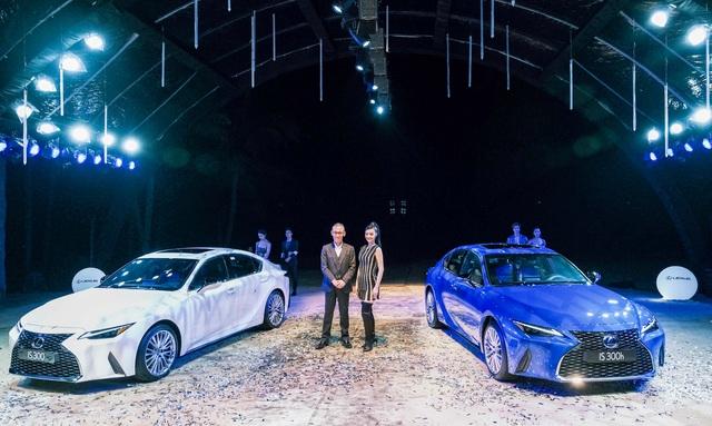 Soi chi tiết mẫu xe IS 300 2021 giá từ 2,13 tỉ đồng vừa được Lexus ra mắt - 1