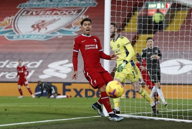Fernandes phung phí cơ hội vàng, Man Utd chia điểm trên sân Liverpool - 10