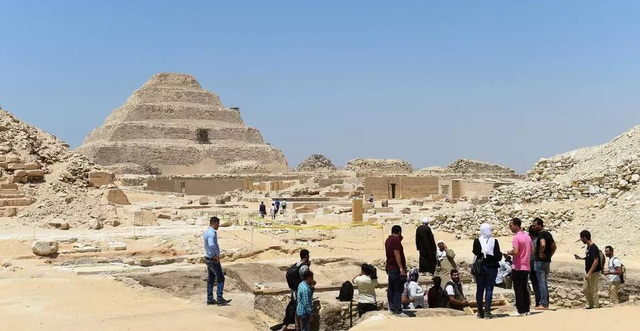 Phát hiện kho báu lớn ở nghĩa trang có từ thời Ai Cập cổ đại - 1