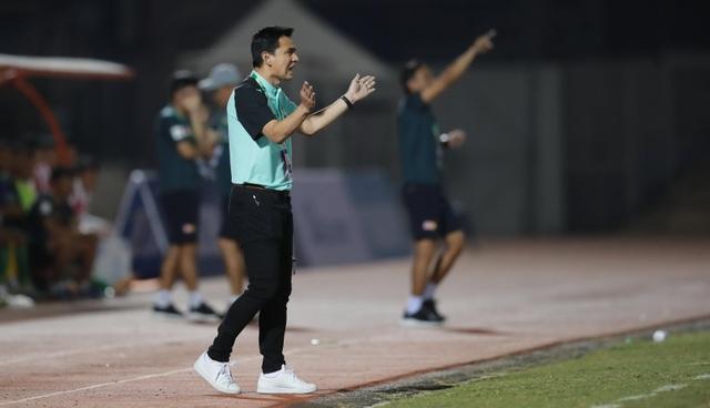 V-League 2021 khó lường ngay từ những vòng đấu mở màn - 2