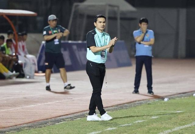 Kiatisuk có chiến thắng đầu tay, Lee Nguyễn ra mắt V-League 2021? - 1