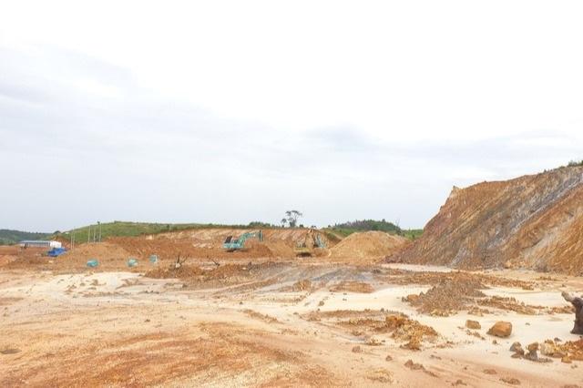 Đắk Nông: Chấp thuận đầu tư trại heo khủng từng xẻ núi, bạt đồi trái phép - 1