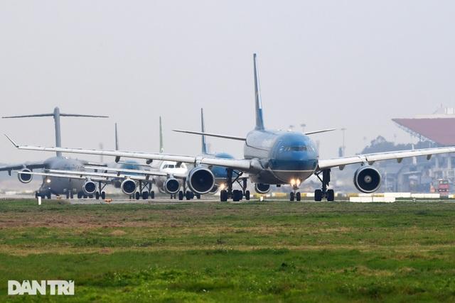 Có tới 1.200 chuyến bay/ngày cao điểm Tết Nguyên đán - 1