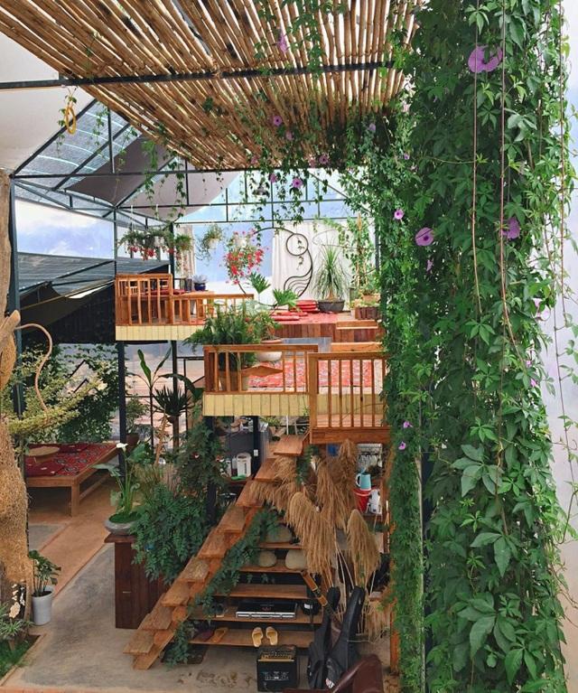 Tiệm cà phê cao hơn mây ở Đà Lạt hút du khách tới check-in - 5
