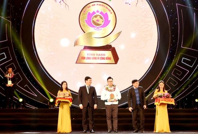 Văn phòng Dân trí tại Nghệ An được Vinh danh tấm lòng vàng vì cộng đồng - 1