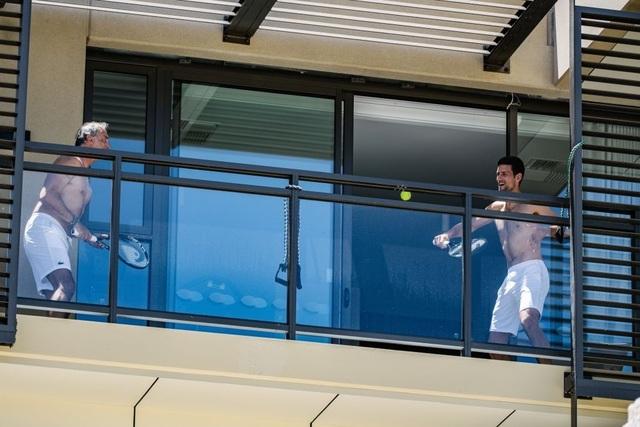 Bị chỉ trích nặng nề, Djokovic gửi tâm thư tới người hâm mộ - 2