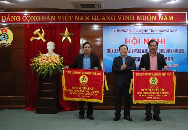 Quảng Nam tăng cường hỗ trợ người lao động - 1