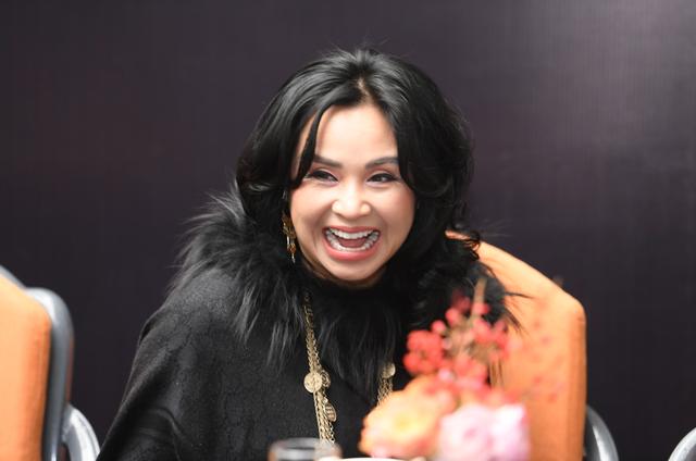 Diva Thanh Lam nhận lời cầu hôn của bạn trai - 2