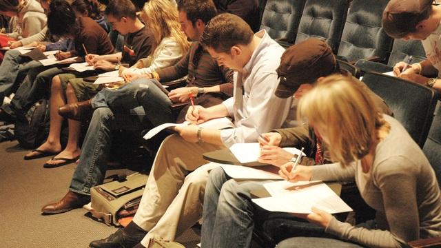 Sẽ ngừng tổ chức thi SAT II, bỏ phần viết luận trong SAT I - 1