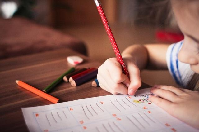 Pháp sẽ tiến hành xét nghiệm 1 triệu ca Covid-19 mỗi tháng tại trường học - 1