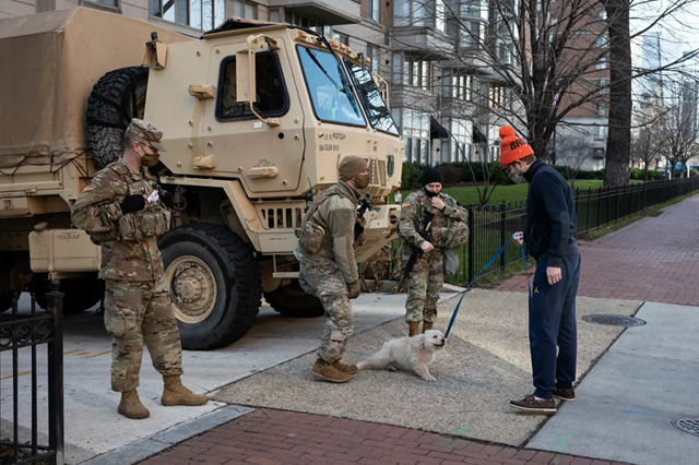 Pháo đài an ninh chưa từng có trước giờ nhậm chức của ông Biden - 7