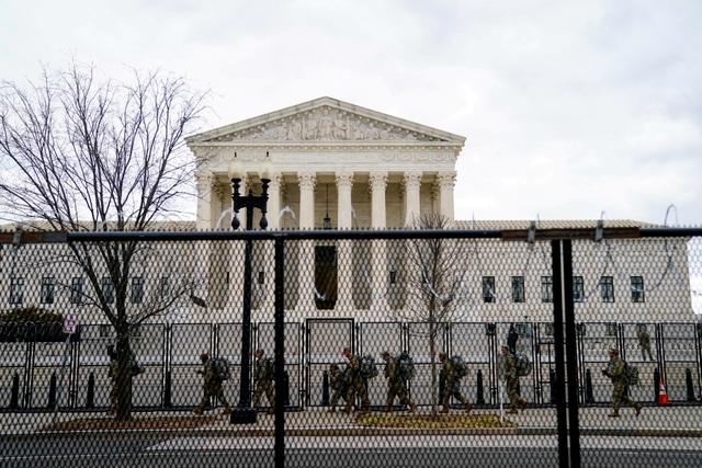 Pháo đài an ninh chưa từng có trước giờ nhậm chức của ông Biden - 5