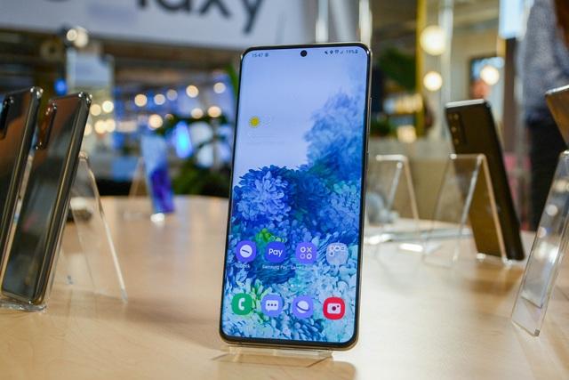 iPhone 12 mini, Galaxy S20 Ultra và loạt di động giảm giá mạnh dịp cận Tết - 2