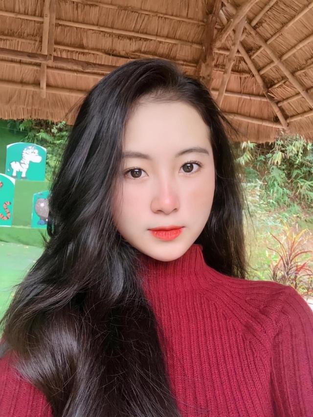 Thiếu nữ Đà Nẵng 17 tuổi được khen đẹp thuần khiết, thơ ngây - 2
