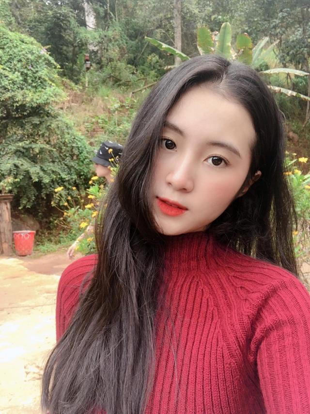 Thiếu nữ Đà Nẵng 17 tuổi được khen đẹp thuần khiết, thơ ngây - 8