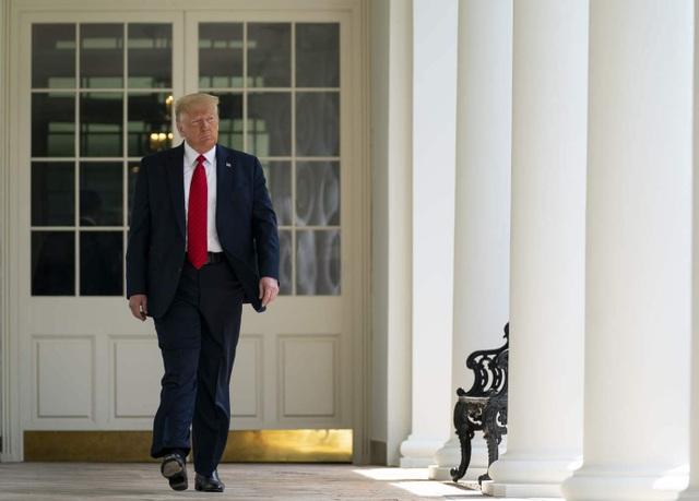 Ông Trump để lại thư cho ông Biden khi rời Nhà Trắng - 1