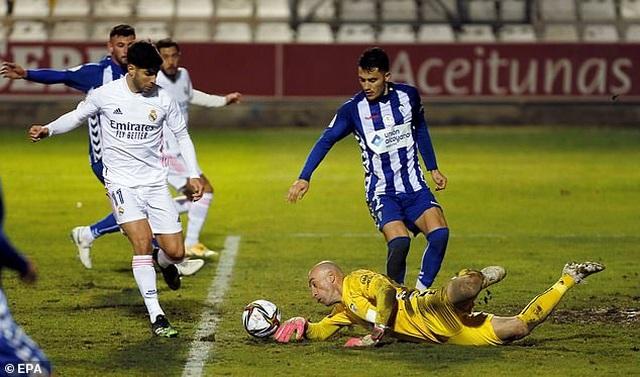 Real Madrid bị đội hạng ba loại khỏi Cúp Nhà vua - 1