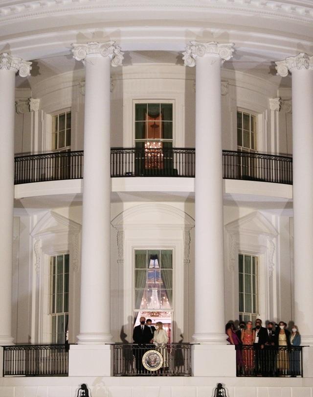Ông Biden thay đổi Phòng Bầu dục sau khi ông Trump rời đi - 4