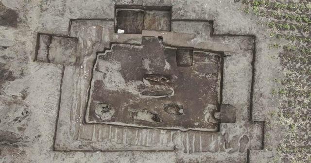 Đồ tạo tác bí ẩn được tìm thấy trong nghĩa trang Inca cổ đại ở Ecuador - 1