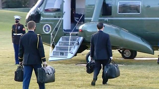 Vali hạt nhân xuất hiện trong lễ nhậm chức của ông Biden - 1