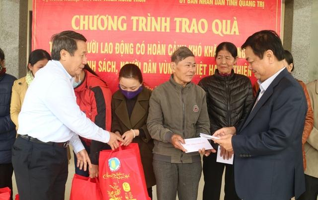 Lãnh đạo tỉnh Quảng Trị tặng quà, chúc Tết đối tượng chính sách, có công - 2