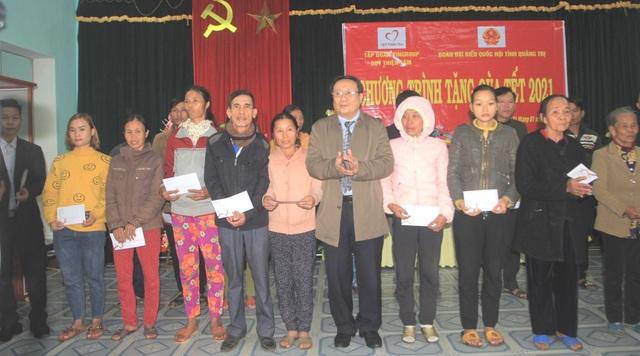 Lãnh đạo tỉnh Quảng Trị tặng quà, chúc Tết đối tượng chính sách, có công - 3