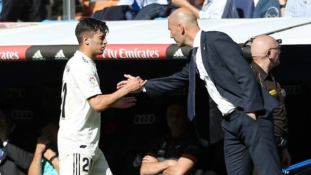 Hàng loạt ngôi sao trẻ tắt lịm dưới tay của HLV Zidane - 5