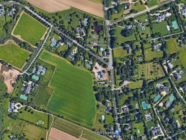 Choáng với ngôi làng toàn biệt thự khủng, người dân đều là tỷ phú tầm cỡ - 3