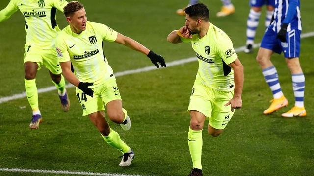 Luis Suarez lập cú đúp, Atletico hơn Real Madrid đến 7 điểm - 5