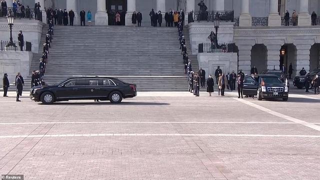 Dàn siêu xe bọc thép hùng hậu nhất lịch sử trong ngày ông Biden nhậm chức - 8